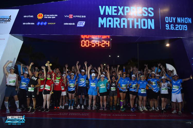Giải chạy VnExpress Marathon Quy Nhơn 2019 diễn ra thành công với hơn 5.000 người tham dự.