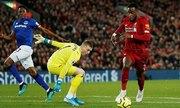Liverpool đè bẹp Everton