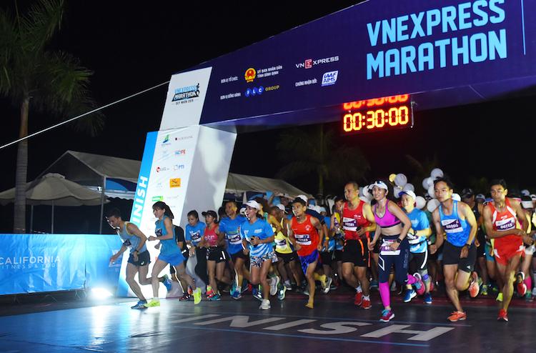Giải chạy VnExpress Marathon Quy Nhơn diễn ra hồi tháng 6/2019.