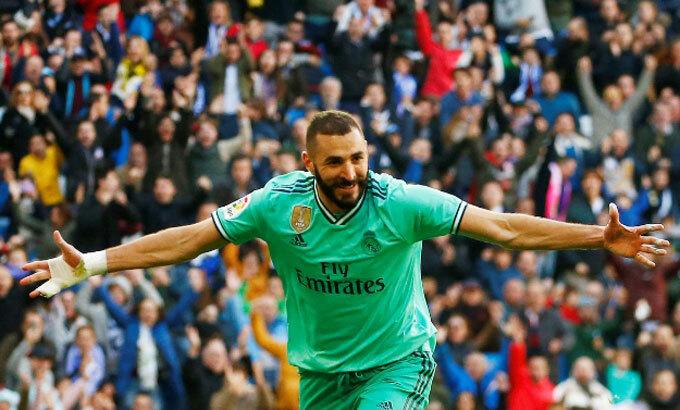 Benzema tỏa sáng đúng lúc đem về hai bàn cho Real.