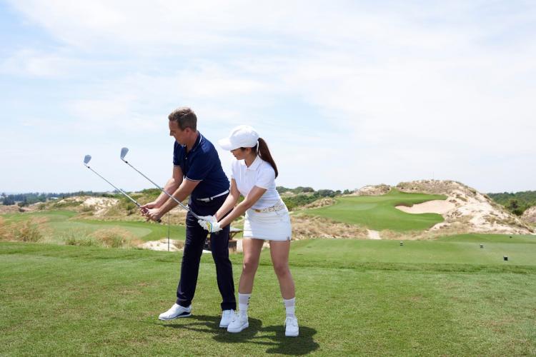 Theo PGA Phạm Minh Đức, môn thể thao golf phù hợp cho nhiều lứa tuổi,