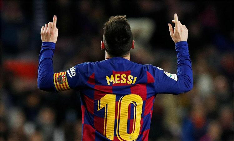 Quả Bóng Vàng thứ sáu tiếp thêm cảm hứng cho Messi. Ảnh: Reuters