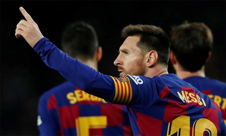 Messi cống hiến màn trình diễn xuất sắc cho khán giả, trong ngày mừng Quả Bóng Vàng thứ sáu. Ảnh: Reuters