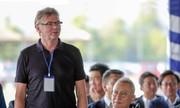 HLV Troussier: 'Việt Nam đủ khả năng dự Olympic'