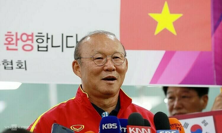 HLV Park ngày càng nổi tiếng ở quê nhà Hàn Quốc sau những thành công cùng Việt Nam. Ảnh: Yonhap.