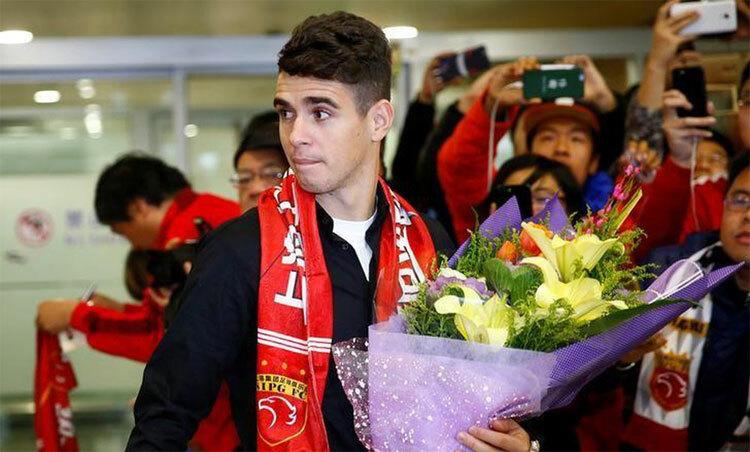 Để nhận 27 triệu USD/năm, Oscar từng chấp nhận bỏ Chelsea và cơ hội thi đấu cho tuyển Brazil. Ảnh: Reuters