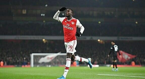 Pepe mừng bàn mở tỷ số sớm. Ảnh: Daily Mail.