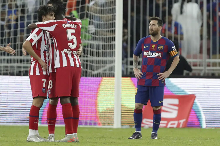 Atletico đảo ngược tình thế cuối trận.