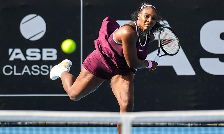 Serena mất nhiều thời gian hơn so với bán kết, nhưng vẫn đủ sức hạ Pegula sau 1 giờ 36 phút. Ảnh: Photosport.