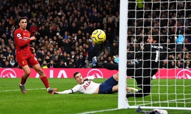 Tottenham bỏ lỡ nhiều cơ hội ghi bàn trong hiệp hai. Ảnh: Reuters.
