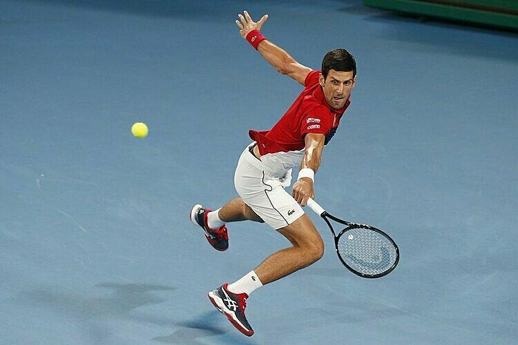 Djokovic không thua set nào trên sân cứng trước Nadal trong sáu năm qua. Ảnh: AP.