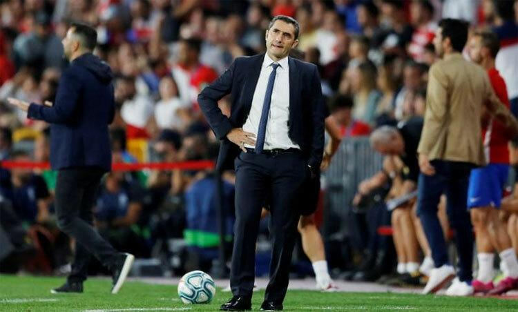 Valverde ra đi vì thường để thua ở những trận loại trực tiếp. Ảnh: Reuters
