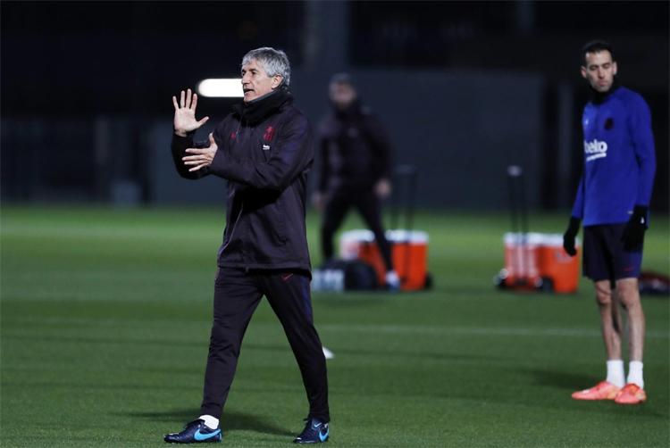 Setien tin rằng triết lý bóng đá của ông phù hợp với triết lý của Barca. Ảnh: FCB.