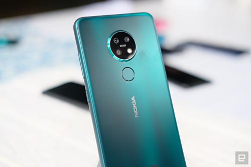 Nokia 7.2 giá 6,1 triệu đồng