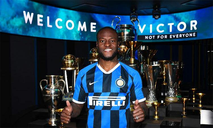 Moses ra mắt tại Inter hôm 23/1. Ảnh: Inter.it.