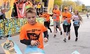 Cậu bé 11 tuổi chạy bán marathon qua 50 bang nước Mỹ