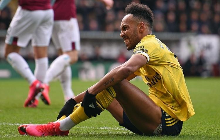 Arsenal hòa trận thứ năm liên tiếp