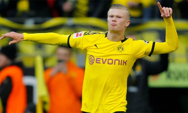 Haaland đang chứng tỏ anh là món hời so với cái giá 22 triệu USD mà Dortmund bỏ ra để tậu anh về trong tháng 1/2020. Ảnh: Reuters.