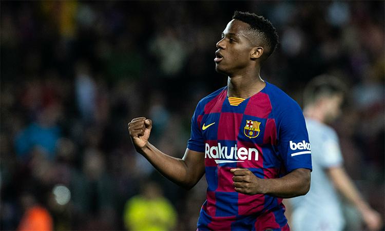 Fati đang trưởng thành nhanh chóng trong màu áo Barca. Ảnh: Reuters.