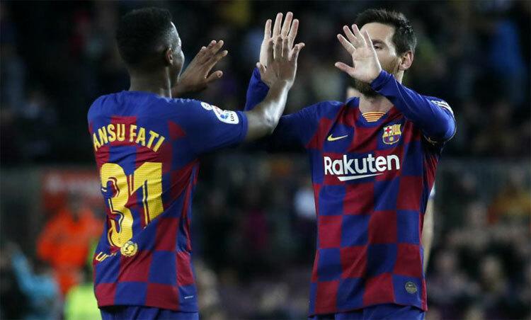 Fati và Messi đều có cú đúp cho bản thân.