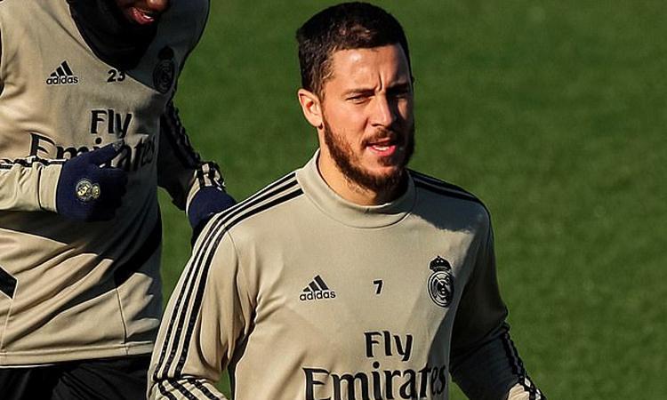 Hazard nghỉ thi đấu từ tháng 11 và có thể trở lại tại Cup Nhà Vua giữa tuần này, khi Real gặp Sociedad lúc 1h thứ Sáu 7/2. Ảnh: EPA.