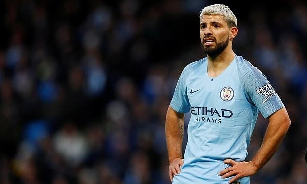 Man City chịu thiệt hại nặng về tài chính, do án cấm dự Champions League. Ảnh: Reuters.