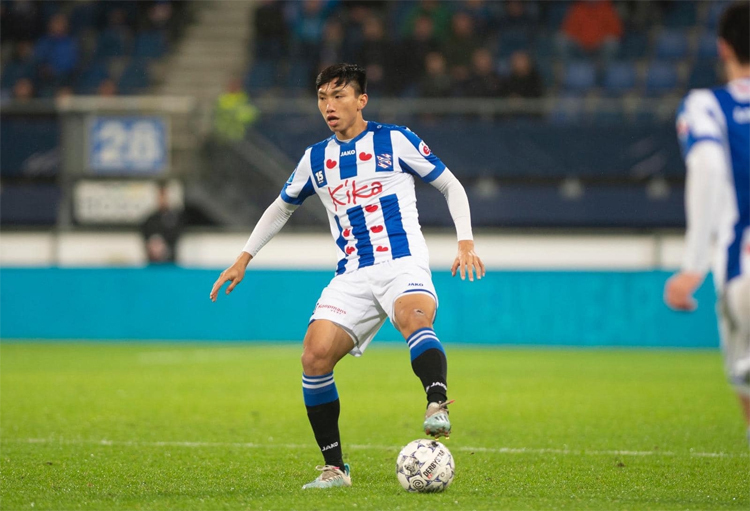 Văn Hậu sang Hà Lan hơn nửa năm, nhưng chỉ ra sân ở các trận thuộc cấp độ trẻ, Cup Quốc gia và giao hữu, chứ chưa được đá chính trận nào tại giải VĐQG Hà Lan. Ảnh: SCH.