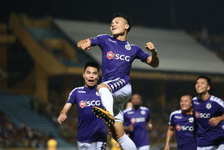 Thành công của Hà Nội với lứa cầu thủ Quang Hải, Đức Huy, Duy Mạnh... được xem là công thức làm bóng đá tốt và căn cơ nhất Việt Nam. Ảnh: Lâm Thỏa.