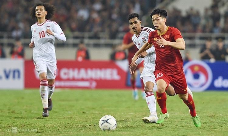 Vi?t Nam còn ba tr?n ??u v?i Malaysia, Indonesia và UAE t?i vòng lo?i th? hai World Cup 2022 - khu v?c chau á.