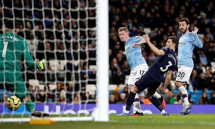 De Bruyne ghi một bàn và kiến tạo một bàn trong trậnMan City thắng West Ham. Ảnh: PA.