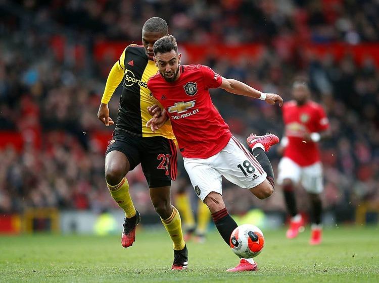 Bruno Fernandes (số 18) là nhạc trưởng mới của Man Utd. Ảnh: PA.