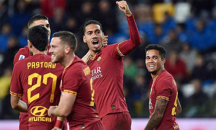 Smalling thành công trong môi trường bóng đá Italy. Ảnh: Reuters.