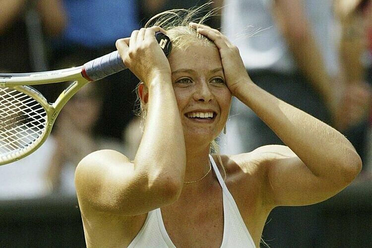 Sharapova từng gây sốc khi vô địch Wimbledon ở tuổi 17. Ảnh: AP.