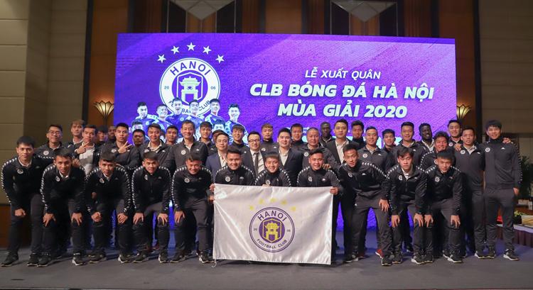 Cầu thủ Hà Nội trong lễ xuất quân mùa giải 2020. Ảnh: CLB Hà Nội
