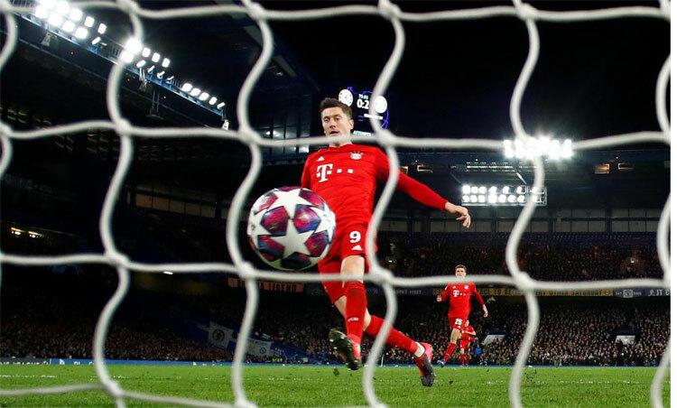 Bayern gây chấn động sân Stamford Bridge cũng như đấu trường châu Âu. Ảnh: Reuters.