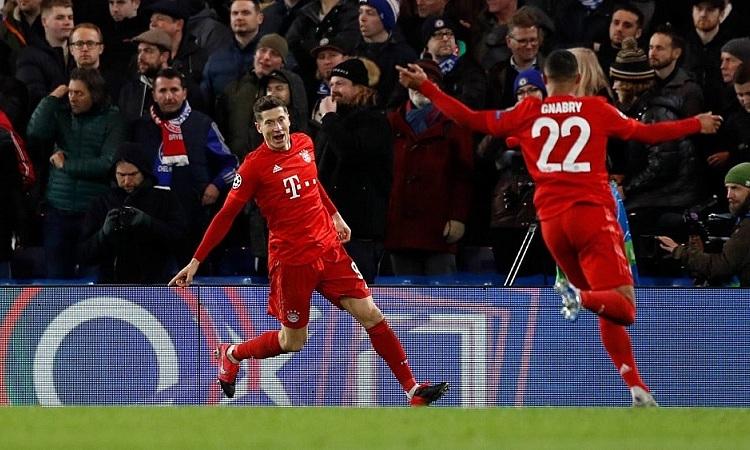 Lewandowski tỏa sáng với hai pha kiến tạo, một bàn thắng. Ảnh: Imago.