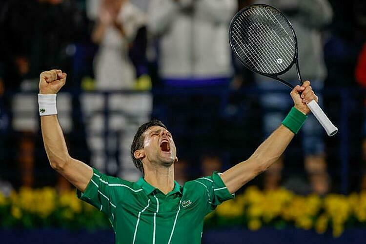 Djokovic mừng chức vô địch thứ năm tại Dubai. Ảnh: Tennis World.