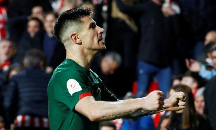 Berchiche tỏa sáng đúng lúc đưa Bilbao vào chung kết. Ảnh: Reuters.