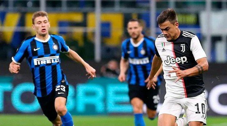 Dybala (phải) tỏa sáng sau khi vào sân. Ảnh: Tuttosport.
