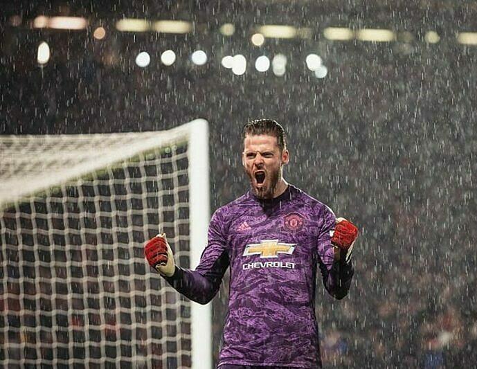 De Gea đăng ảnh lên Twitter sau trận kèm dòng trạng thái: Old Trafford, tôi yêu nơi này. Ảnh: MU Times.