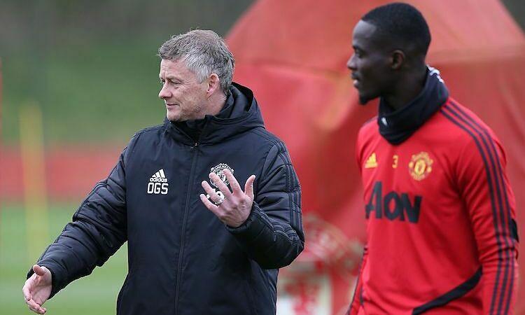 Bailly cho rằng Man Utd hưởng lợi từ khả năng giao tiếp tốt của Solskjaer. Ảnh: Manchestereveningnews.