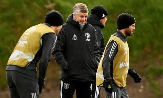 Thành viên Man Utd chưa có triệu chứng nhiễm nCoV. Ảnh: Reuters.