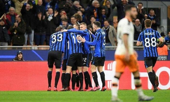 Atalanta mượn sân San Siro của Milan để đấu với Valencia. Ảnh: Reuters.