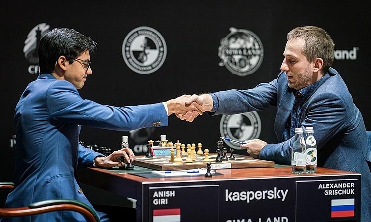 FIDE cuối cùng đã đồng ý hoãn giải, sau khi nhiều kỳ thủ lên tiếng đòi dừng thi đấu. Ảnh: FIDE.