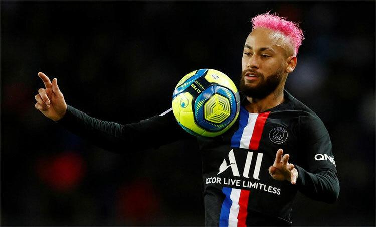 Neymar chưa bao giờ làm thất vọng những CĐV yêu bóng đá cống hiến. Ảnh: Reuters.