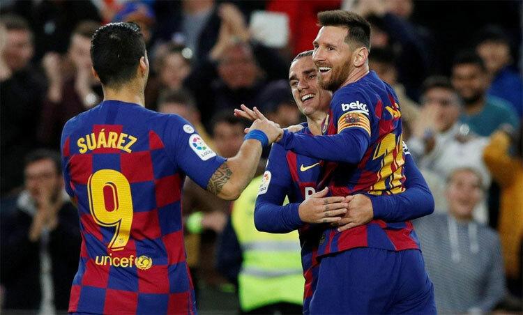 Những ngôi sao như Messi, Suarez, Griezmann có mức lương rất cao. Ảnh: Reuters.