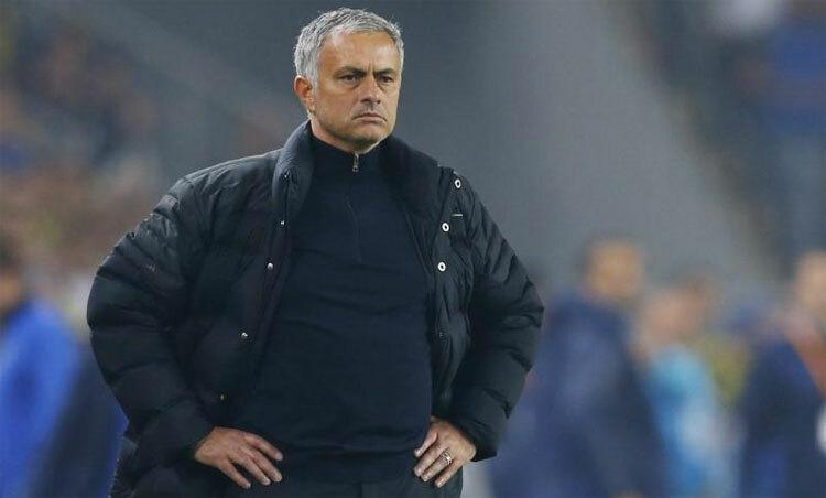 Mourinho đang chuẩn bị để Tottenham tăng tốc giai đoạn cuối. Ảnh: Reuters.