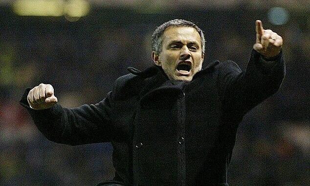 Năm 2004, Mourinho muốn dẫn dắt Liverpool, nhưng cuối cùng chọn Chelsea. Ảnh: PA.