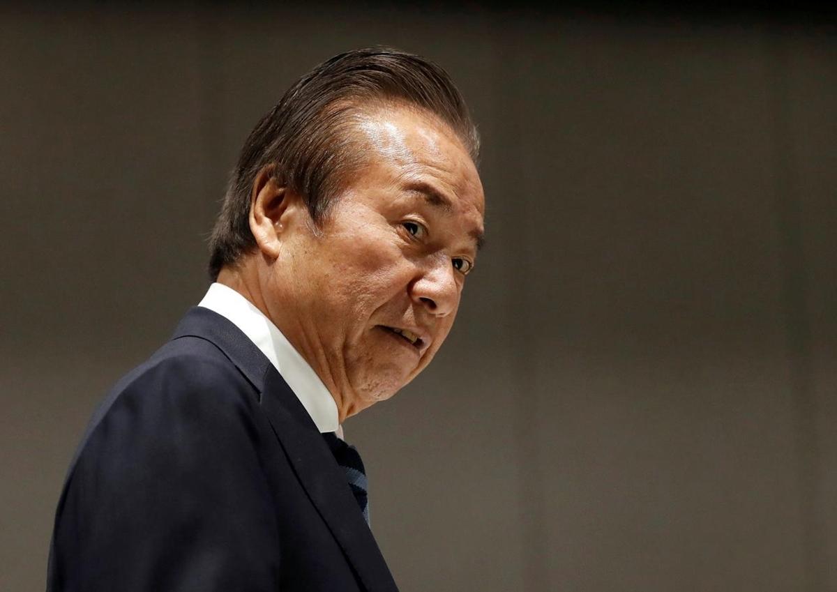 Haruyuki Takahashi, 75 tuổi, dự cuộc họp của Ủy ban điều hành Olympic Tokyo hôm 30/3. Ảnh: Reuters.