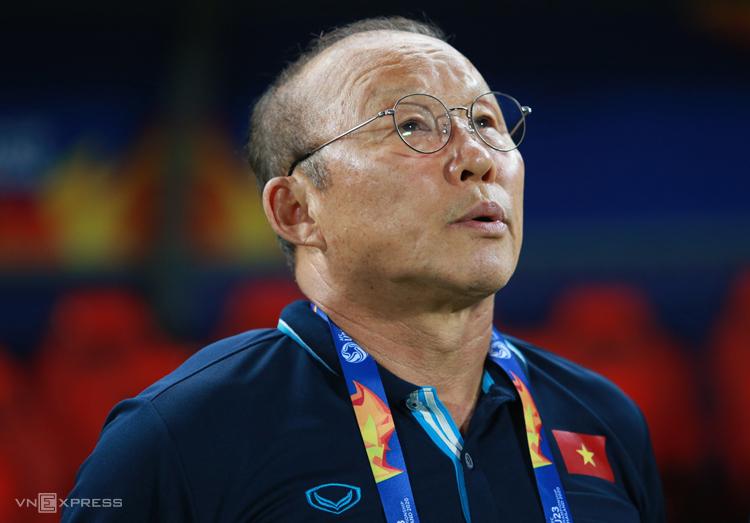 HLV Park Hang-seo tái ký hợp đồng 2 năm với VFF vào tháng 12/2019, hưởng lương khoảng 50.000 USD sau thuế mỗi tháng. Ảnh: Lâm Thoả